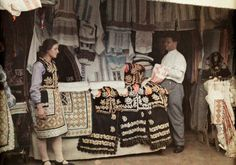 vintage everyday: 27 Rare and Fascinating Color Photographs of Romania in the 1934 - A salesgirl stands by her clothing stand, selling embroidered attire (Bucharest). Vintage Photographs, Vintage Photos, Sales Girl, Clothes Stand, Bucharest Romania, Extraordinary People, Vogue Covers, Color Photography, World Cultures