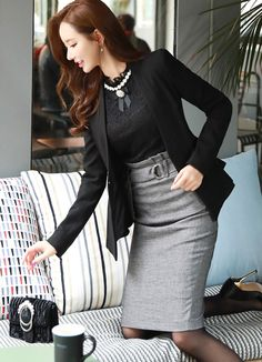 Fabulous outfit idea to copy ♥ For more inspiration join our group Amazing Things ♥ You might also like these related products: - Dresses ->. Classy Outfits, Chic Outfits, Beautiful Outfits, Fashion Outfits, Asian Fashion, Girl Fashion, Womens Fashion, Pencil Skirt Work, Modele Hijab
