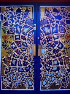 Bomhemian blue door