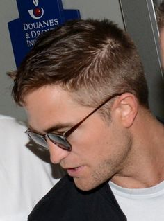 Rob arriving in Nice, France for Cannes, 5-16-14 (38)