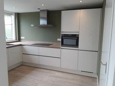 Kitchen Pantry Design, New Kitchen, Small Space Interior Design, Interior Design Living Room, Kitchen Furniture, Kitchen Interior, Kitchen Stories, Kitchenette, Küchen Design