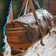 Dakota Vintage Travel Duffle Bag - Saddle Tan