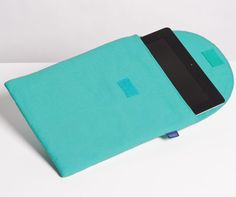 Canvas iPad Case by Baggu... Keep your Ipad safe in style!