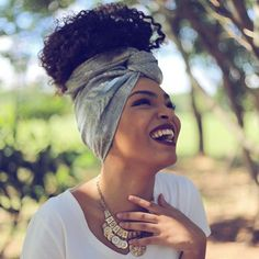 Image uploaded by Camila. Find images and videos about happy, Afro and black woman on We Heart It - the app to get lost in what you love. Pelo Natural, Natural Curls, Natural Hair Inspiration, Mode Inspiration, Curly Hair Styles, Natural Hair Styles, Pelo Afro, Afro Style, Bandana Hairstyles