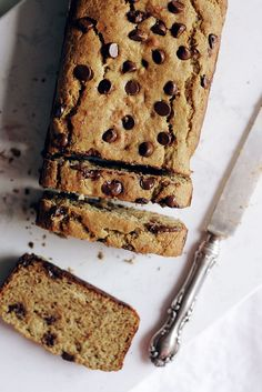 Have you ever tried chickpea flour?! Try this beautiful nutritious chickpea flour banana bread packed with protein & fiber. Great with chocolate chips too!