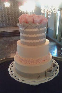 Pink and Grey Wedding Ideas loved by www.greekweddings.com
