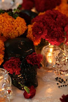 ❖ Day of the Dead Theme - Gorgeous Day of the Dead dinner party #my 40ish