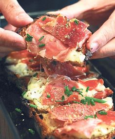 Cuisine de Bar in Paris offers tartines (open-faced sandwiches) made with pain au levain from Poilâne and topped with premium ingredients such as Bayonne ham and Saint-Marcellin cheese. – Pictures BY CK Lim