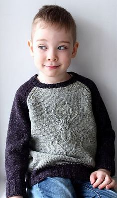 Diy Crafts - Ravelry: Spider Sweater pattern by Daria Darovskikh Knitting Patterns Boys, Knitting For Kids, Crochet For Kids, Sewing For Kids, Baby Pullover, Crochet Baby Clothes, Boys Sweaters, Diy Clothes, Couture