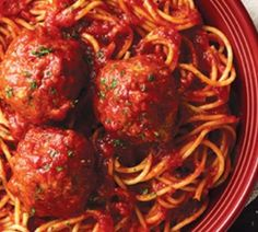 In the mood for some Italian food? Now through September Carrabbas Italian Grill is offering you a FREE spaghetti & meatballs entree to take home. Italian Grill, Buy Chickens, Food Now, Spaghetti And Meatballs, Chicken Soup, Italian Recipes, Entrees, Coupons, Ethnic Recipes