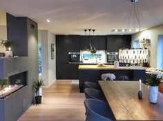 GM☕️ Wish you a lovely Sunday _________________________ #interiordecor #nordicinspiration #scandinaviandesign #kitchendesign #kitcheninspo #kitchen #inspiration #homeinspo #inspire_me_home_decor #modernhome #vakrehjem #finahem #interior4all #passion4interior #dreamhome #dream_interiors #interiordesign #interior #interiorstyling #interiores #interior123 #homedesign #homedecor #homestyle #luxury