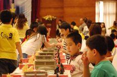 Sunday Chess TV http://sunday.b1u.org http://youtube.com/sundaychessTv http://facebook.com/sundaychess