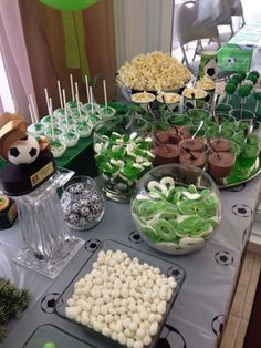 Sport Party Decorations Candy Bars 46 Ideas For 2019 Soccer Birthday Parties, Football Birthday, Sports Birthday, Soccer Party, Sports Party, Birthday Party Decorations, Craft Party, Party Favors, Soccer Baby Showers