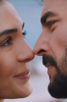 Love Photos, Couple Photos, Cute Couple Videos, Big Love, Turkish Actors, Cute Couples, Iphone Wallpaper, Film, Muslim