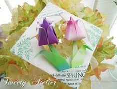 Quadrinho com tulipa em Origami  Este quadrinho com tulipa, tudo em Origami, é uma idéia legal para o Dia das Mães. Achei no Tweety Atelier....