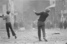 soulevements_gillescaron-1969-manifestations-anticatholiques-c3a0-londonderry.jpg (600×395)