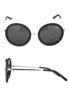 Today's Hot Pick : BONNY BLACK http://fashionstylep.com/SFSELFAA0026671/stylenandacn/out 大牌设计,摩登帅气! 圆形镜框,怀旧复古风情浓郁~ 金属材质点缀,高贵典雅~ 时尚达人必备典藏款!!