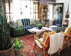 If You Read Nothing Else Today, Read This Report On Eclectic Decor Vintage Rugs 176 Earthy Home Decor, Eclectic Decor, Boho Living Room, Living Room Decor, Earthy Living Room, Living Room Inspiration, Apartment Living, Hippie Apartment, Cozy House
