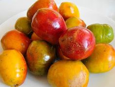 Jocotes, delicious fruit, I can't find in the US.