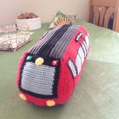 Crochet train toy DSB S-tog
