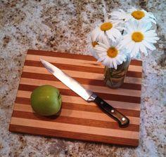 Hecho a mano en tablero de corte de Vermont / cereza y del