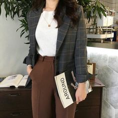 30 best sophisticated work attire and office outfits for women to look stylish a. - 30 best sophisticated work attire and office outfits for women to look stylish and chic 7 Source by marilynetran - Office Outfits Women, Mode Outfits, Fashion Outfits, Fashion Shirts, Work Attire Women, Fashion Ideas, Office Look Women, Fashion Tips, Fashion Quotes