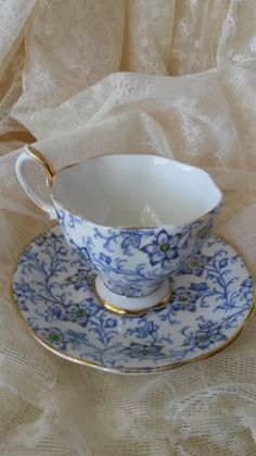Royal Albert Teacup And Saucer Blue And White Bone China England