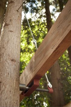 Treehouse Attachment Bolt Suspender System – Be in a Tree Beautiful Tree Houses, Cool Tree Houses, Trailer Casa, Treehouse Cabins, Treehouses, Luxury Tree Houses, Tree House Plans, Tree House Designs, Building A Deck