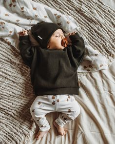 Cute Baby Boy Outfits, Baby Outfits Newborn, Cute Baby Clothes, Little Boy Outfits, Cute Little Baby, Cute Babies, Little Boy Style, Baby Boy Style, Baby Boy Fashion