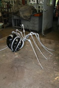 Spider made of hot glass & steel by Claudio Bottero from Italy