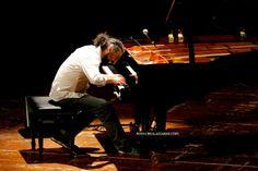 @StefanoBollani, un #concerto indimenticabile! (ph ciro lazzarini) 9 aprile 2014