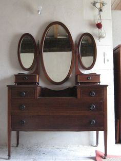 Antique Vintage Dark Brown Stained Aok Wood Vanity Table Make Up ...