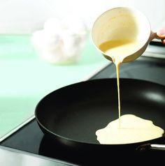 Чтобы тесто хорошо удалось, необходимо приготовить хорошей консистенции сливочное масло - не слишком плотное и не слишком нежное. Таким образом, его нужно вынуть из холодильника за несколько минут до использования