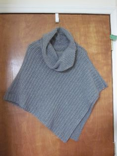DIY Crochet: Poncho...easy with cowl neck....