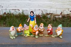 Snow White and the Seven Dwarfs Figurine Collection - Posable Plastic Toys