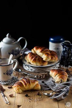Croissants de leche y chocolate, ¡el mejor desayuno del mundo! - Jaleo en la Cocina