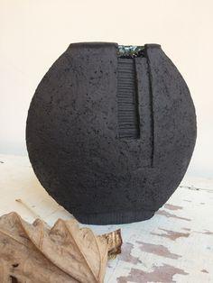 W Fine Porcelain China Diane Japan Key: 2472802522 Raku Pottery, Pottery Sculpture, Slab Pottery, Slab Ceramics, Porcelain Ceramics, Ceramic Vase, Fine Porcelain, Organic Ceramics, Modern Ceramics