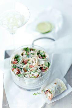 .Wheat tortillas  stuffed with shrimp, avocado, arugula, tomato, fresh and dried. With a creamy sauce with poppy seeds