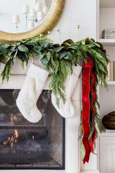 Green Christmas, Simple Christmas, All Things Christmas, Winter Christmas, Christmas Trees, Merry Christmas, Home For Christmas, Christmas Ornaments, Southern Christmas