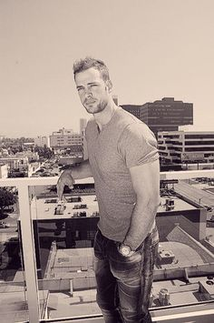 william levy 23 Afternoon eye candy: William Levy (27 photos)