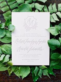 6-green-grey-white-wedding