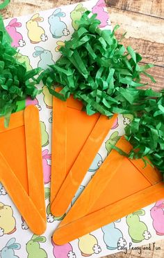Another festive season is upon us! Are you ready to do some Easter crafts with your kids? Today we are sharing an easy craft stick carrot craft with you, which is perfect for the season. Easter Arts And Crafts, Easter Egg Crafts, Bunny Crafts, Easter Crafts For Kids, Cute Crafts, Craft Stick Crafts, Spring Crafts, Preschool Crafts, Easy Crafts