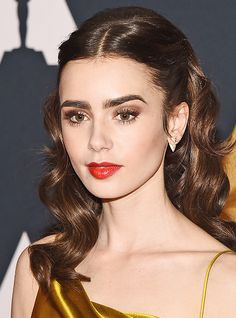 Vintage Hairstyles, Pretty Hairstyles, Wedding Hairstyles, Beauty Makeup, Hair Makeup, Hair Beauty, Lily Collins Hair, Lilly Collins Makeup, Lily Collins Eyebrows