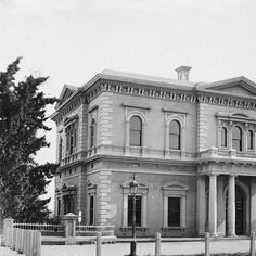 Views of South Australia : Institute Building • Photograph • State Library of South Australia