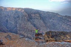 No. No hemos ido al #GranCañon de Arizona. Aunque se parece...  éste es el #JebelShams la #montaña más alta de #Oman. Y después de esto... aún no te has animado a visitar este país?  #Omanmehizoami #grandcanyon
