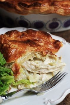 Chicken and Leek Pie is a family favourite with a creamy chicken, garlic and tarragon infused buttery sauce. Turnover Recipes, Pie Recipes, Chicken Recipes, Cooking Recipes, Curry Recipes, Recipies, Chicken And Leek Pie, Creamy Chicken, Savory Pastry