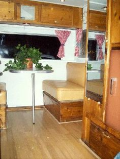 The Complete Vintage Travel Trailer Restoration Web Site - lots of how to's