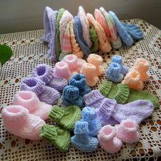 Baby Cardigan Knitting Pattern Free, Beginner Knitting Patterns, Baby Hats Knitting, Free Knitting, Crochet Patterns, Baby Patterns, Booties Crochet, Crochet Baby Booties, Baby Bootees
