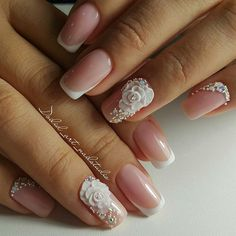 Wedding Nails-A Guide To The Perfect Manicure – NaiLovely Love Nails, Pink Nails, Pretty Nails, My Nails, Bride Nails, Wedding Nails, French Nails, Classic Nails, Nagel Gel