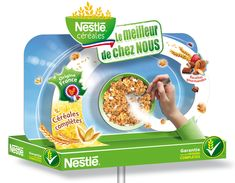 Fronton îlot Nestlé Céréales Pos Display, Counter Display, Visual Display, Display Design, Booth Design, Point Of Sale, Point Of Purchase, Cereal Packaging, Cosmetic Display